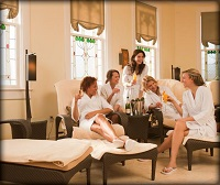 A Couple Massage Spa Can Accommodate a Party